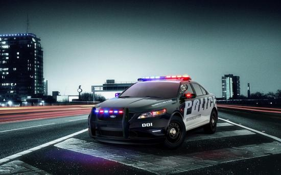 nfs-world-ford-police-interceptor.jpg
